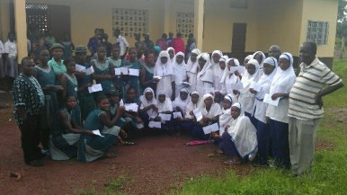 2012-13 Girl Scholarship awards - Bumpeh Academy (green) and Ahmaddiya Islamic School (white)