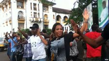 First Flash mob in Freetown for Global Handwashing Day. (From VOA)