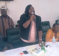 Minister of Local Government and Rural Development, Hon. Diana Finda Konomanyi celebrates 42 days without Pujehun district recording a single new case of Ebola.