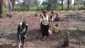 Veg project - women breaking ground2 May 2015