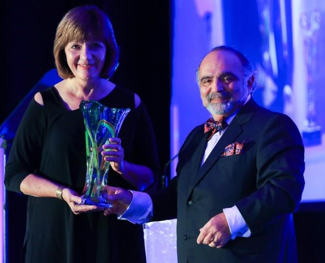 SFSL Founder Receives PrestigiousAward